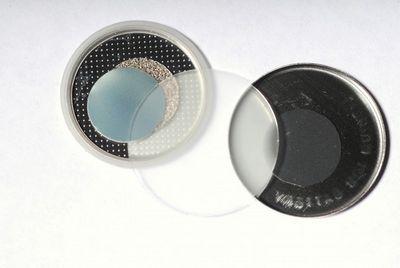 Гибридный аккумулятор заряжается от механического воздействия