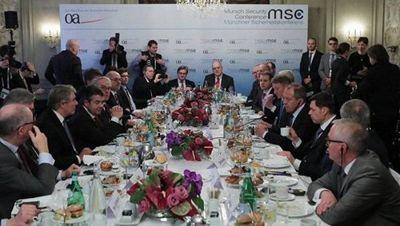 Глава мид германии назвал условия снятия санкций с россии - «военные действия»