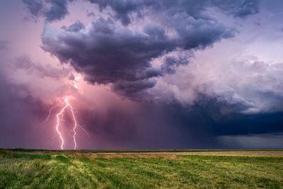 Грозовые молнии создают ядерные реакции