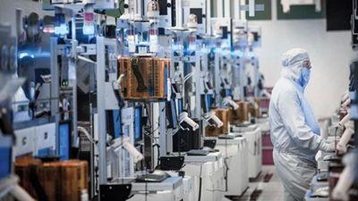 Intel начнет выпуск 7-нанометровых чипов в этом году