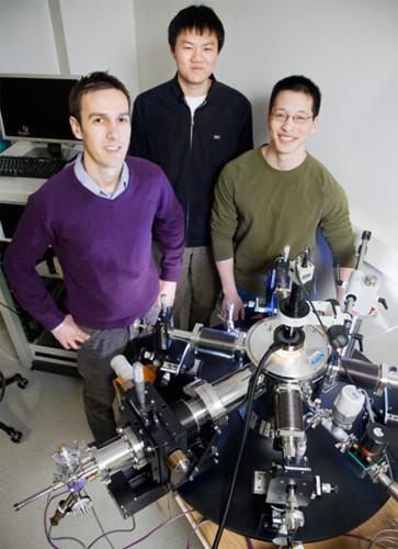 Эффект лавинного умножения носителей заряда в нанотрубках