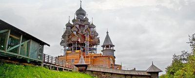 Как спасают отразрушения уникальную церковь наострове кижи