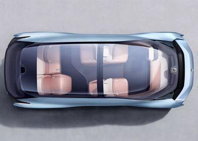 Китайцы оснастили беспилотный автомобиль кроватью