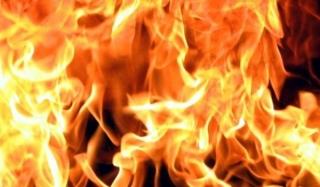 На урале пьяный мужчина открыл стрельбу на базе отдыха и устроил пожар