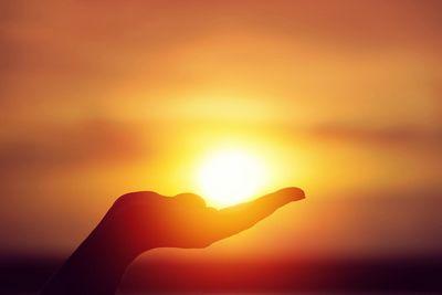 Насколько велико солнце?