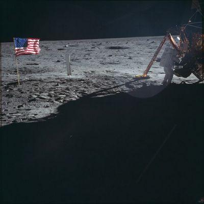 Новая лунная гонка: сел налуне получи деньги