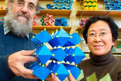 Новый экологически чистый материал для хранения энергии превосходит существующие конденсаторы