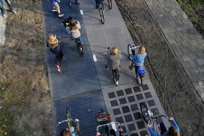 Первая в мире солнечная дорожка для велосипедистов генерирует больше энергии, чем ожидалось