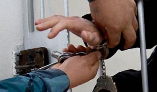 Пьяный полицейский зарезал жену в свердловской области