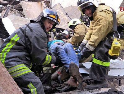 """Пять человек погибли в результате пожара торгового центра """"адмирал"""" в казани"""