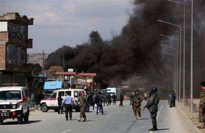 Пять террористов-смертников подорвали себя в госпитале кабула - «военные действия»