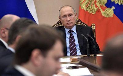 Президент поручил премьеру к 1 марта 2010 года представить предложения по реформированию госкорпораций