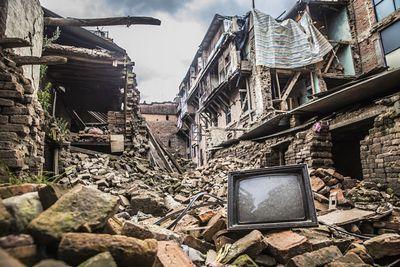 Раннее предупреждение более эффективно для слабых землетрясений, чем для сильных