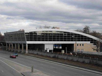 Станция метро «дарница» в киеве была закрыта из-за минирования