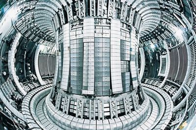Термоядерный реактор нагреет плазму до150 000 000 градусов