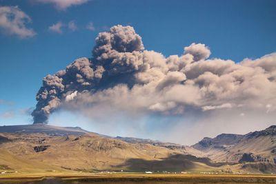 Ученые оценили частоту выпадения вулканического пепла вевропе
