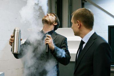 В москве впервые прошли «научные бои» stand-up science