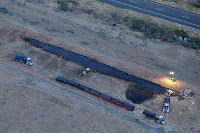 Вкалифорнии введен режим чс произошла крупная утечка нефти: фотообзор