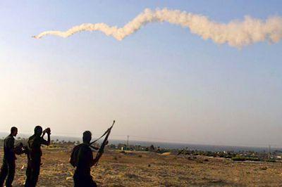 Водопроводные трубы в небе палестины