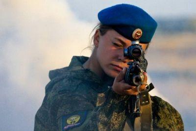 Женщины в армии россии - «военные действия»